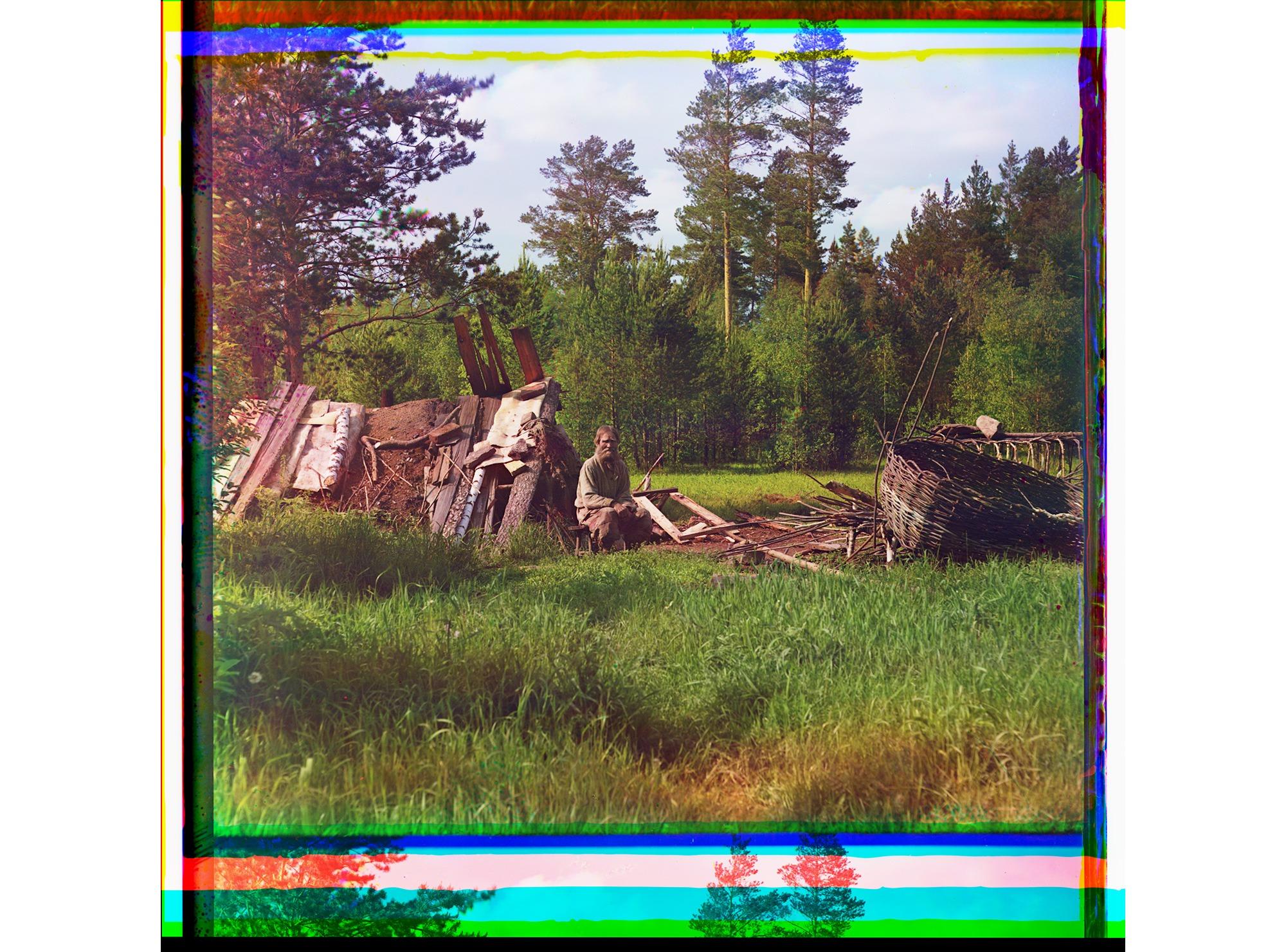 Hütte des Siedlers Artemi, mit Spitznamen Kot [Kater], der seit über 40 Jahren dort lebt, 1912